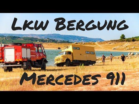 Lkw Bergung Mercedes 911 in Schieflage - Allrad Lkw bergen