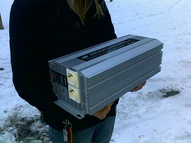 12V 2,5KW Wechselrichter für Wohnmobile mit Fernbedienung