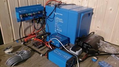 Rohbau einer Lithium Stromversorgung