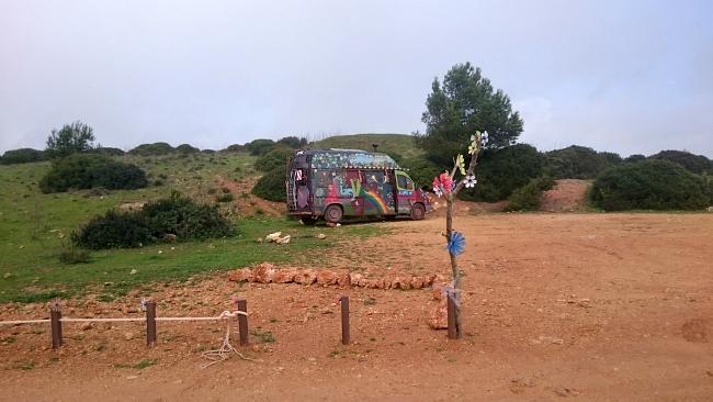 Hippies am Fort Almádena