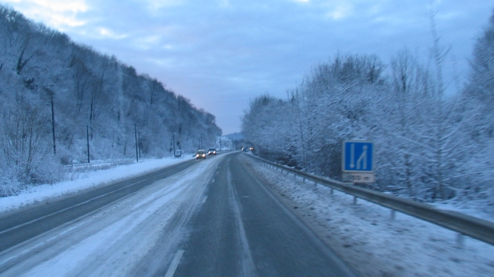 Verschneite Straßen in den Vogesen
