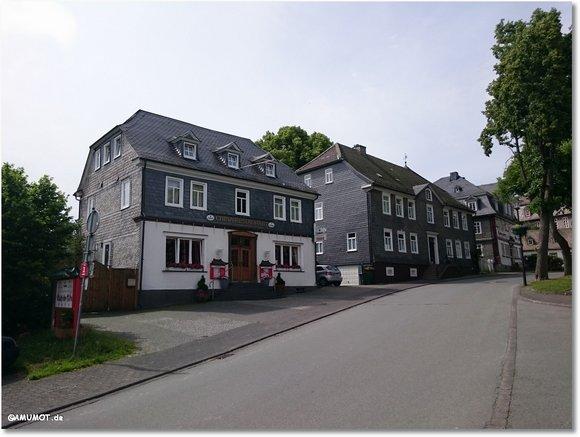 Gut erhaltene alte Häuser