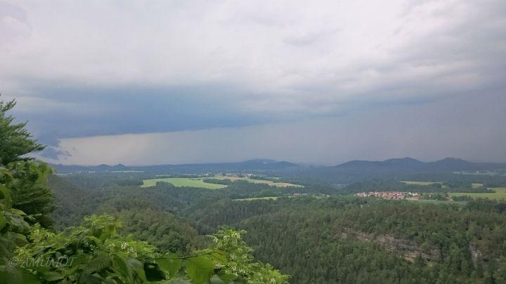 Blick übers Elbtal von Brand-Baude Bergrestaurant & Herberge.