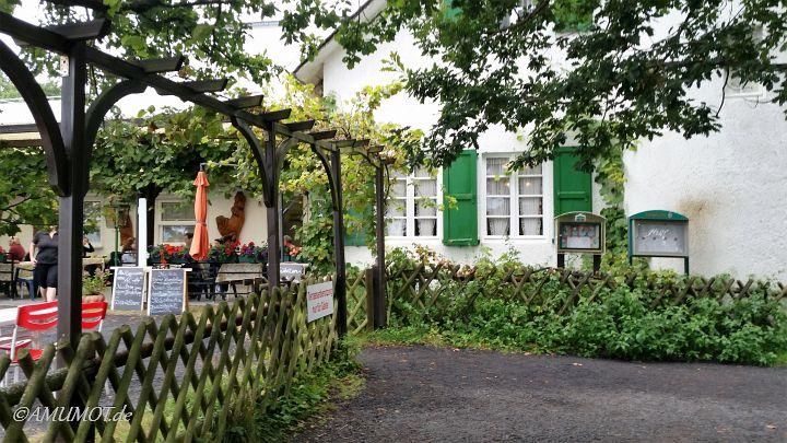 Uriges Restaurant mit schöner Aussicht am ende des Klettersteig Boppard