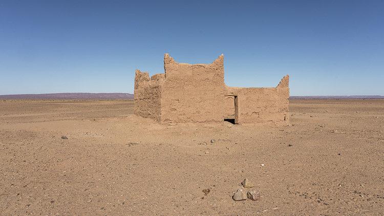 Verlassene Häuser dienen heute noch als Unterkunft für Reisende