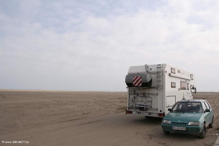 Mit dem Wohnmobil auf den Strand