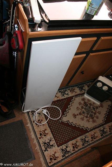 elektroheizung wohnmobil wohnwagen elektrisch heizen amumot. Black Bedroom Furniture Sets. Home Design Ideas