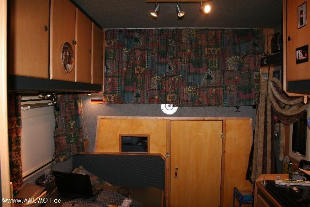 fertige Trennwand im Wohnmobil