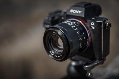 Festebrennweite 50mm von Zeiss für Sony
