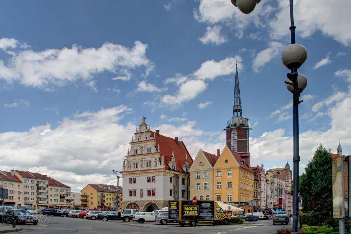 Das Kämmereigebäude nach der Rekonstruktion des Fassadenschmucks 2011