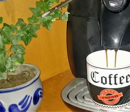 Kaffeemaschine Wohnmobil in Betrieb