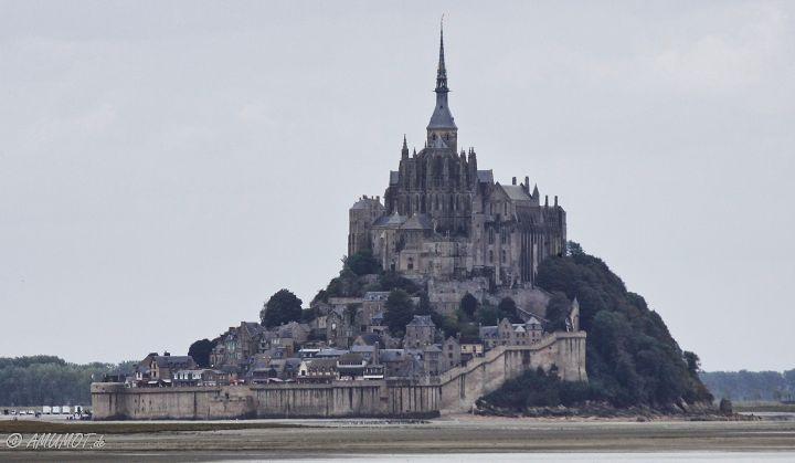 Le Mont-Saint-Michel in der normandie mit dem wohnmobil