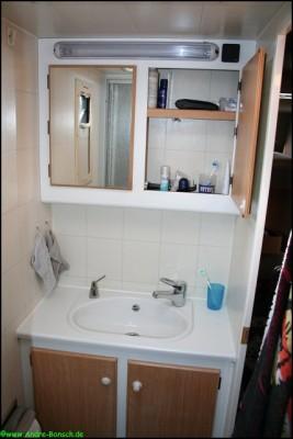 selbstausbau wohnmobil eigenheim auf r dern zum drin leben. Black Bedroom Furniture Sets. Home Design Ideas