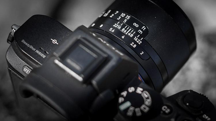 Loxia Festbrennweite 50mm