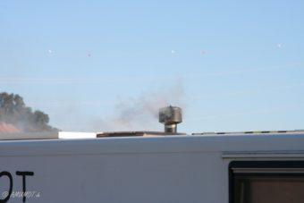 rauchender Kamin im Wohnmobil