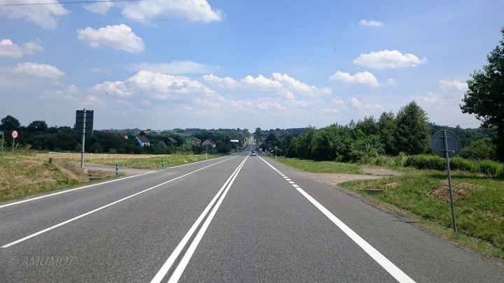 Landstraße in Polen