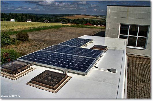 neues beschichtetes dach am wohnmobil
