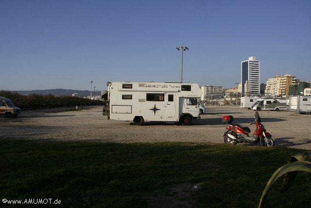 Großparkplkatz-für Wohnmobile in Fugeira da foz