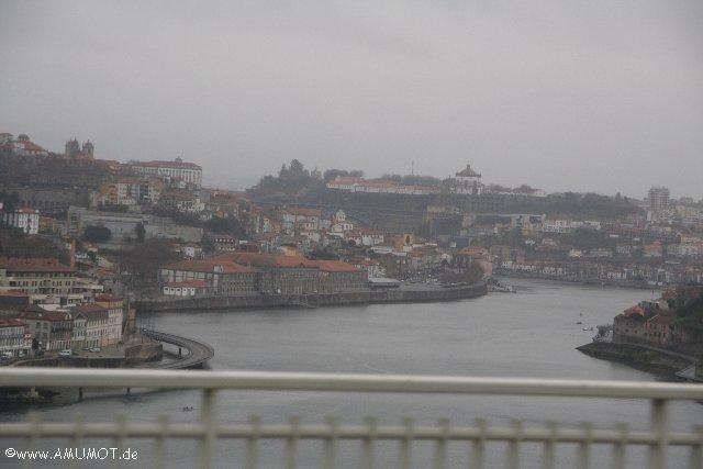 Porto von der Brücke