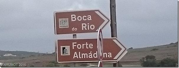 Schlider weisen den Weg zur Boca do Rio