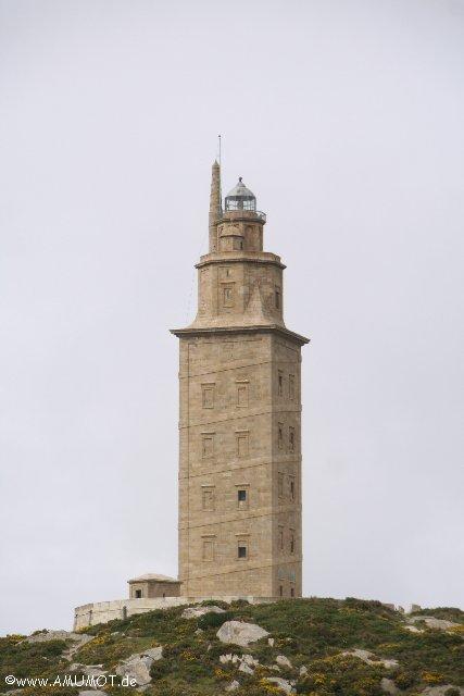 aeltester in betrieb befindlicher leuchtturm weltweit steht in la coruna