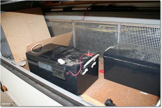 alte Batterien ausbauen