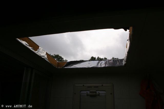 Abdichten einer Dachluke selber machen