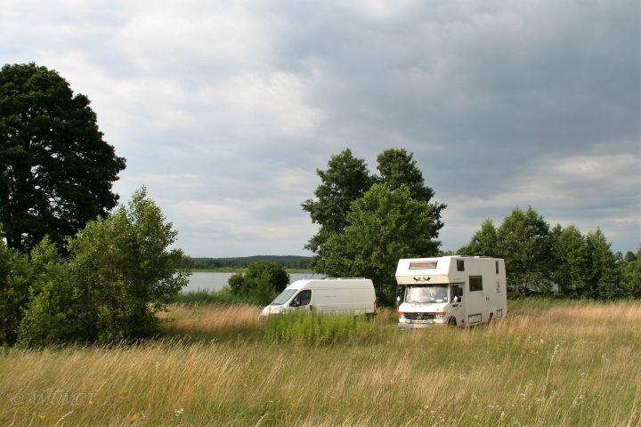 Schöner Freistehplatz an kleinem See in Polen
