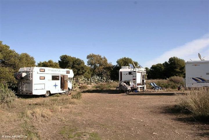 Auf der Ziegenwiese überwintern jedes Jahr viele Wohnmobile